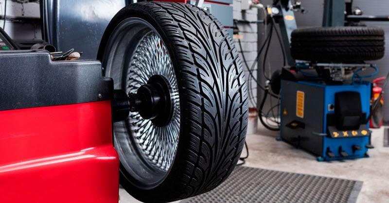 Балансировка колес автомобиля. Для чего нужно балансировать новые колеса.