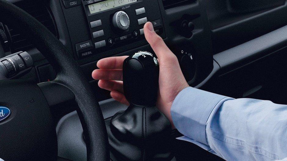 Хруст при переключении передач на новом автомобиле
