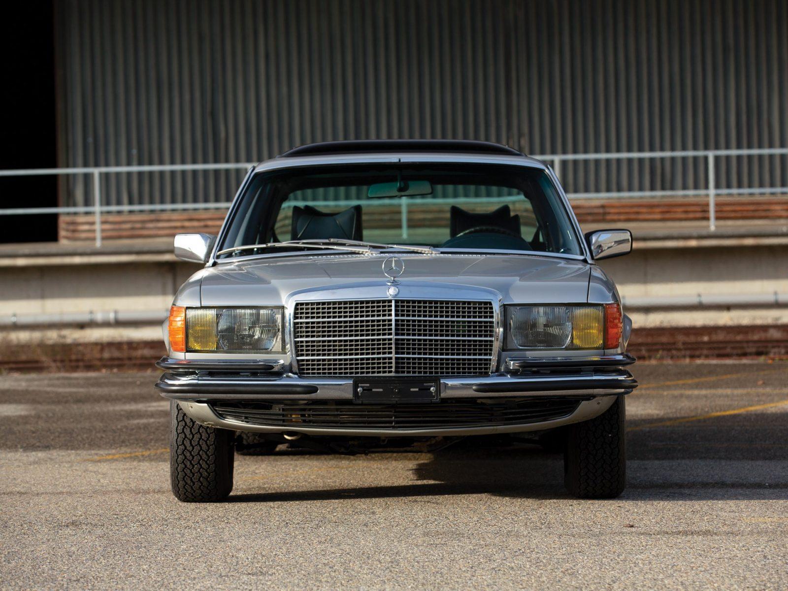 Фотографии автомобиля Mercedes-Benz 450 SEL 6.9 1979 года.