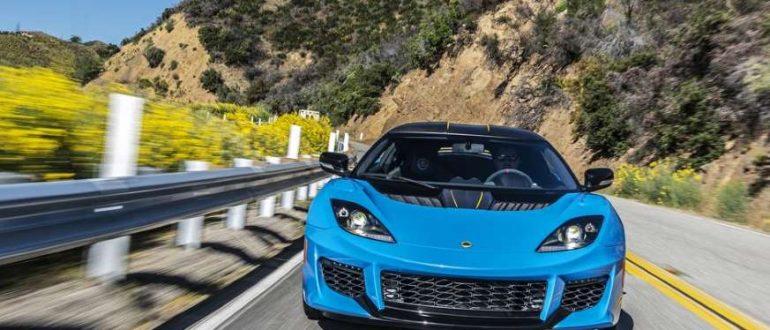 У Lotus появился новый доступный автомобиль, и он не будет электрическим