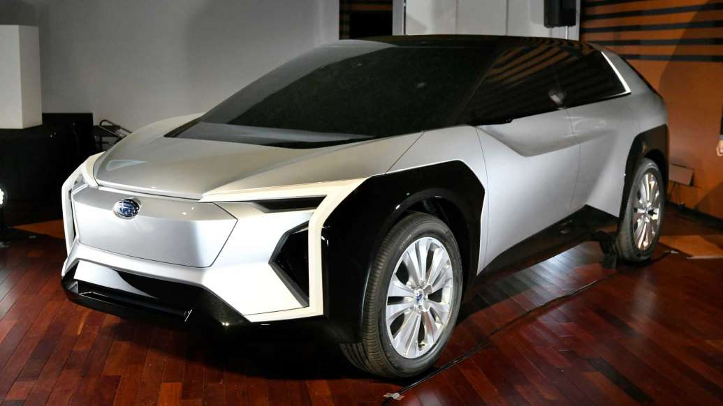Электро-кроссовер Subaru EV назовут Evoltis