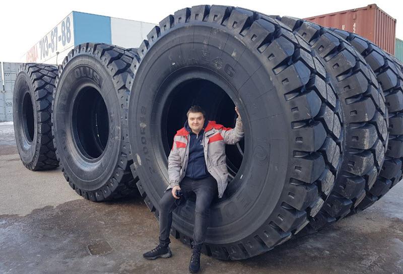 В каких строительных машинах используются промышленные шины?