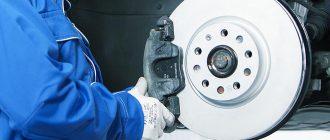 Почему автомобильные тормоза скрипят и издают шум?