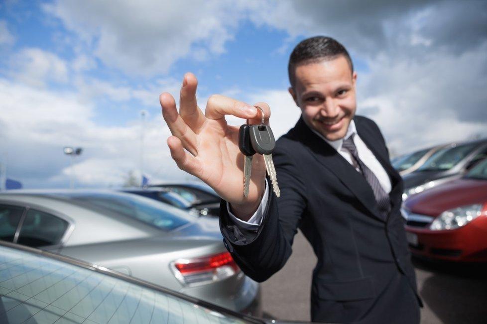 Когда может понадобиться услуга проката автомобиля?