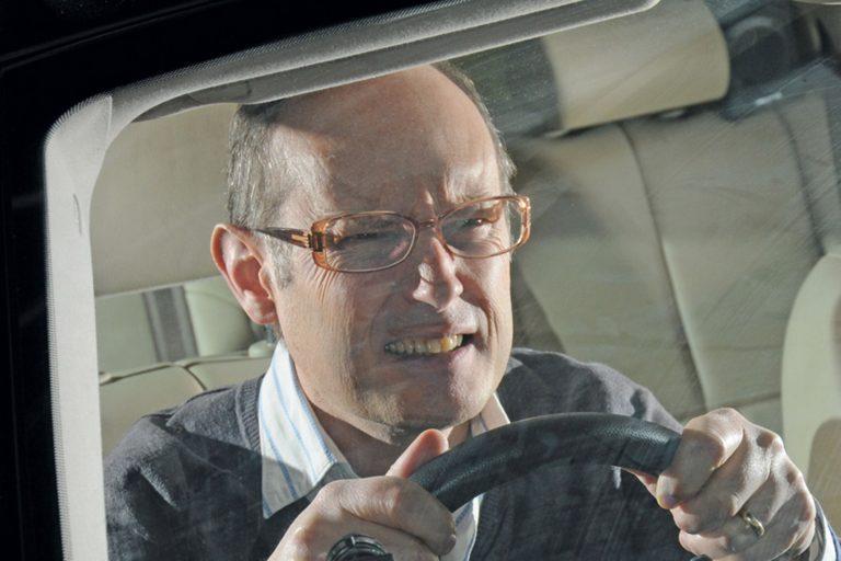 Ухудшение зрения водителя