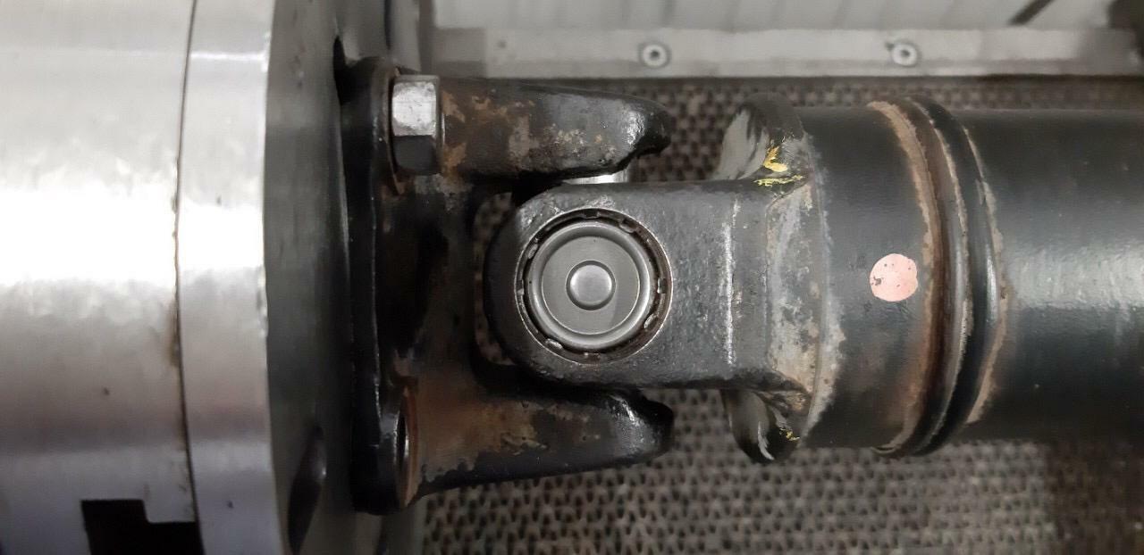 Как правильно обслуживать карданный вал Honda CR-V?