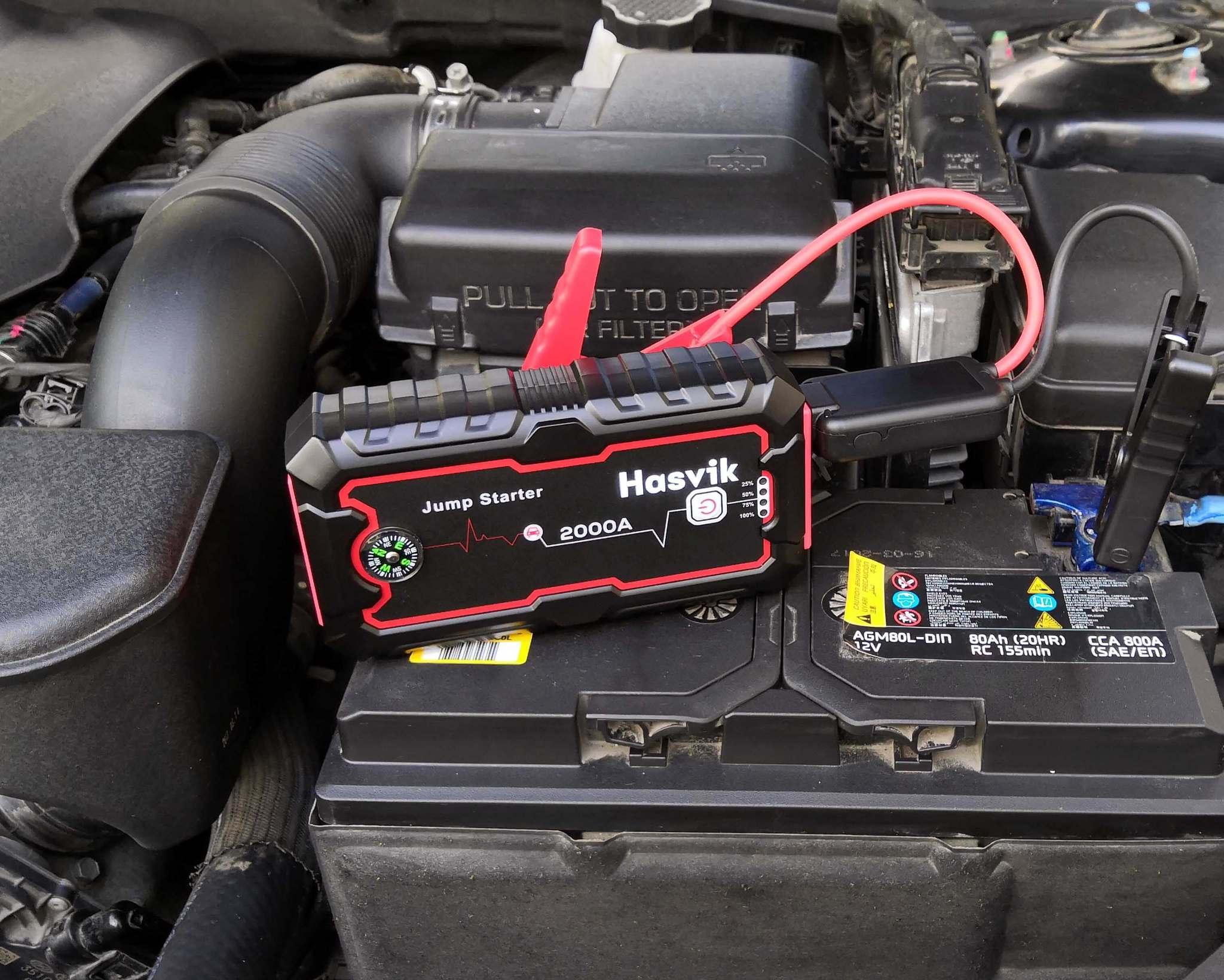 Автомобильное зарядное устройство против пускового устройства